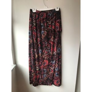 🌿 Gorgeous Nordstrom Boho Red Colorful Maxi Skirt